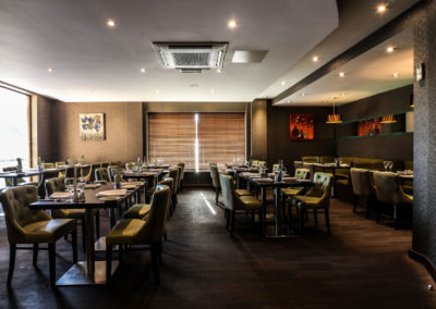 Lime-restaurant-dining-tables-eat-in